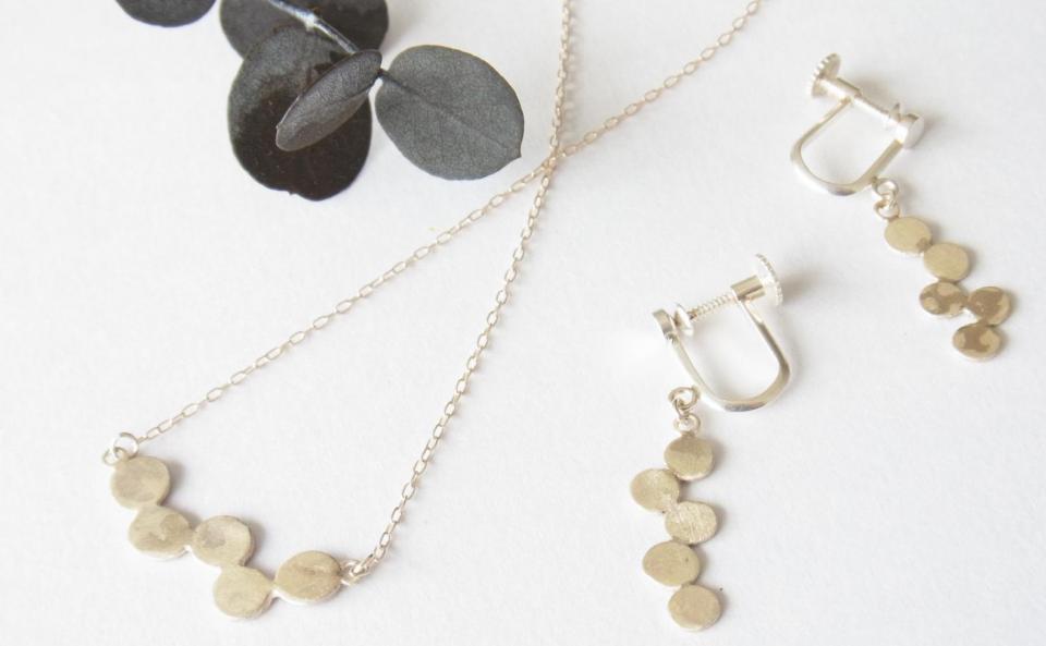 水玉ネックレス、イヤリング  silver