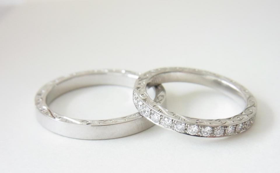 Side hand carving ring , Side hand carving eternity ring / Pt