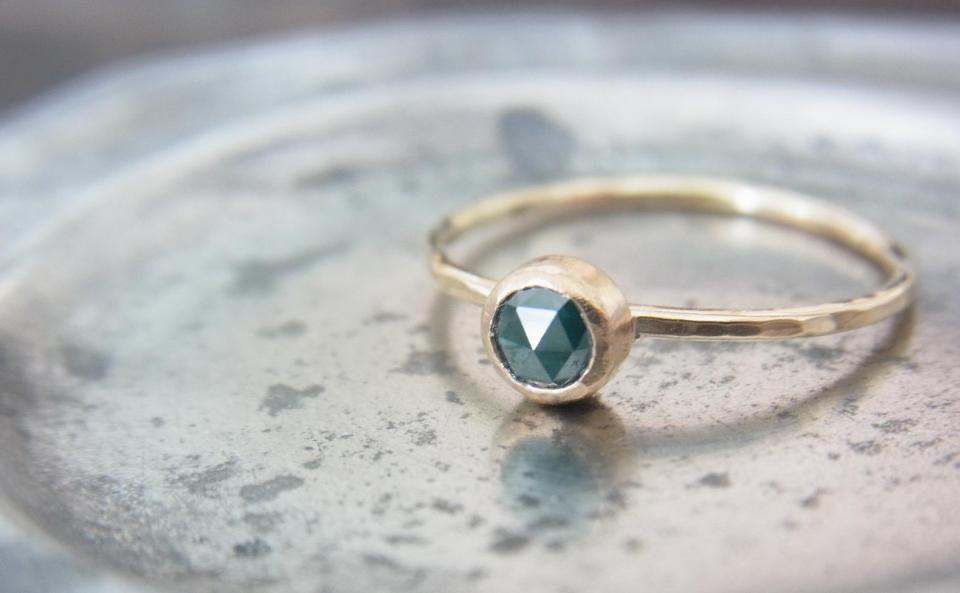 グリーンダイヤモンド リング K10/グリーンダイヤモンド